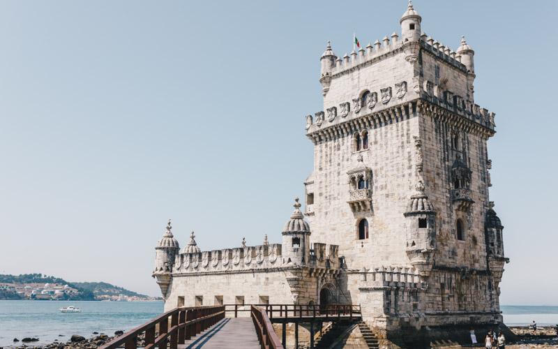 lizbona odwiedź surf camp portugal