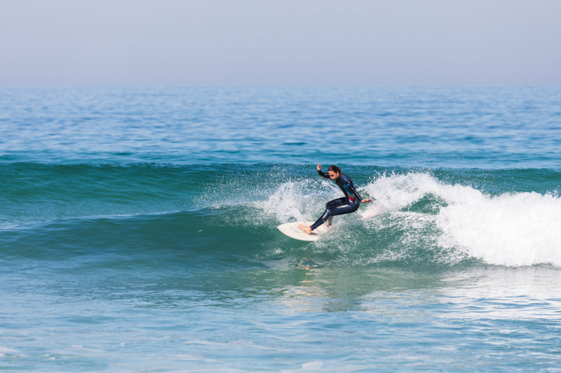 advanced surfer guiding portugal