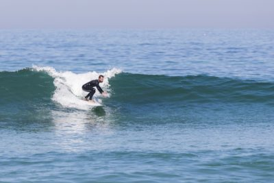 perfect waves beginner portugal surf school