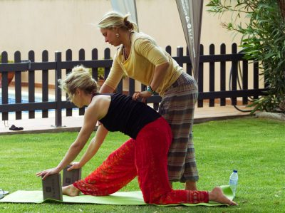 surf camp garden yoga qualified instructor